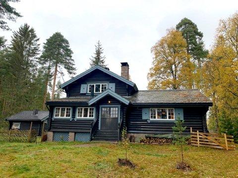 Fra hjem til film: Normalt er dette Anton Ruuds private hjem. Neste uke blir det åsted i en ny, norsk spillefilm.