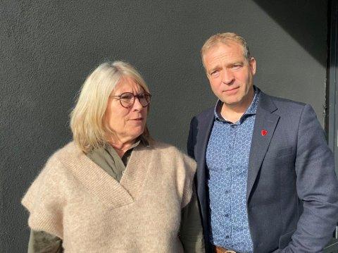 BERØRT: Kirsten Orebråten, ordfører i Ringerike, og Morten Lafton (ordfører i Jevnaker) sender varme tanker til innbyggere og innsatspersonell i Kongsberg.