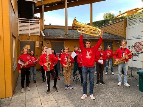 Tuba-gave til skolekorpset