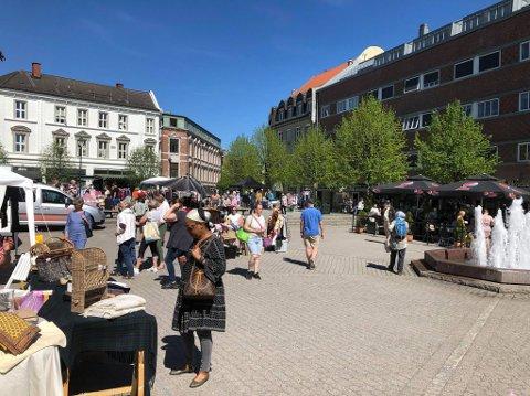 Suksess: Ringerike Næringslivsforening mener lørdagens marked var en suksess.