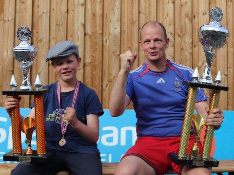 ÅRETS SPILLERE: Andreas Bråthen Sataøen og Olof Götestam er 2020/21-sesongens JBTK-spillere.