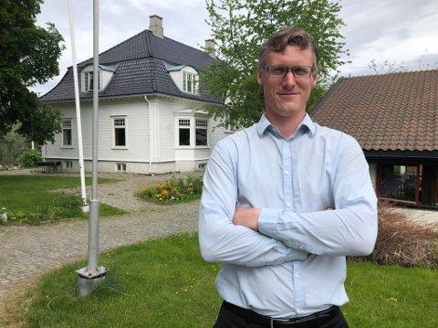 SJEF: Kristoffer Skovli Karlsen fikk jobben som hotellsjef på fast basis.