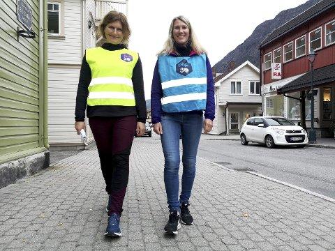 INVITERER: Fysioterapeut Ingebjørg  Bjåen og  fysioterapeut Line Pedersen fra Frisklivsentralen ønsker alle i Tinn velkommunen til reflekstur torsdag kveld.