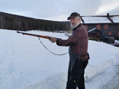 SKYTER JULA INN: På gårder som lå for langt unna kirkeklokkene, var det vanlig å skyte jula inn.