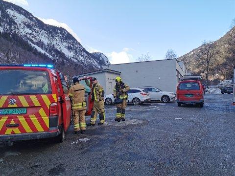 Tinn brannvesen rykket ut. (foto Bente E. Wemundstad)