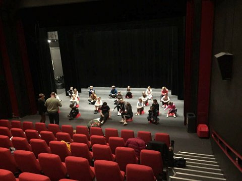 KURS: Fra helgas kurs  i kinosalen. Kommende helg er det sangkurs for alle interesserte med pedagog Ingebjørg Longvik Reinholt.