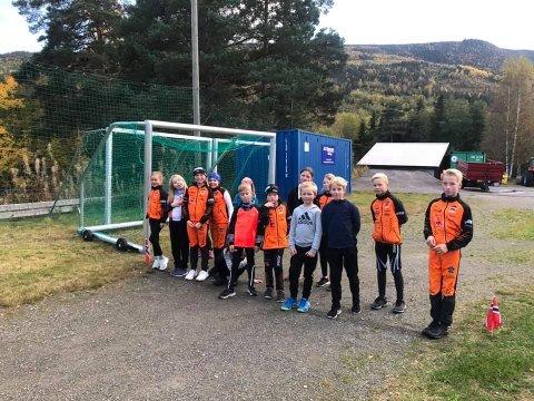 MOTIVERT GJENG: Da Gausta Challenge bød på en for stor utfordring for de aller minste i Tinn ILs skigruppe, arrangerte de sin egen Atrå Mini Challenge 4. oktober. Der løp 17 barn over 250 runder til sammen og motivasjonen var på topp.