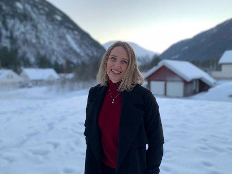GLEDER SEG: Marte Pedersen-Hemma er ansatt som ny daglig leder for Rjukan Digitale Arena AS.. Fra 1. mars blir det en ny hverdag for mammaen og sivilingeniøren.