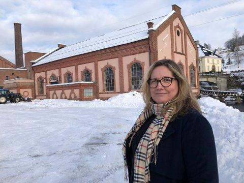FRAMTIDIG SENTER: - Jeg endrer ikke på planene om å legge et framtidig verdensarvsenter til Tinfos 1 som jo ga Sam Eyde nødvendig kraft til å etablere forsøksfabrikken som utviklet seg til å bli verdensarv, sier Anna Hereid - ny direktør ved Norsk Industriarbeidermuseum.