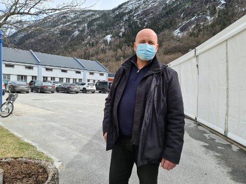 GODT RÅD: Smittetrykket i Skien og Porsgrunn virker til å være ute av kontroll, og derfor råder ordfører Steinar Bergland alle i Tinn til å utsette alle reiser til Grenland.