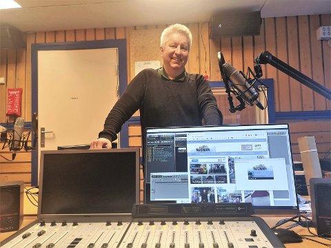SOMMER: Et av de sikreste tegn på sommer i Tinn er Radio Rjukans Turistradio. Ole Jon Tveito forteller til RA om en sommer med mye spennende lokalradio de neste ukene fram til august.