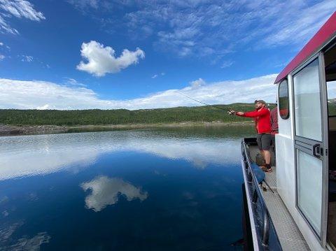 MER UTSIKT ENN FISK: Til tross for at det ikke ble fisk, ble det et meget vellykket møte mellom ministeren og nasjonalparken.