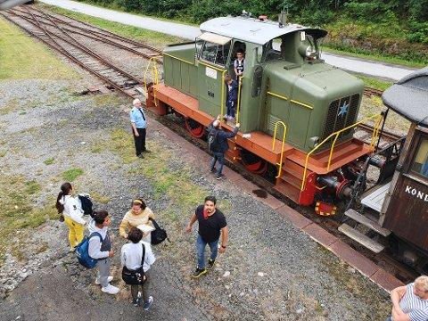 SISTE AVGANG: Fredag klokka 14 gikk siste rutetoget fra Rjukan til Mæl i sommer.