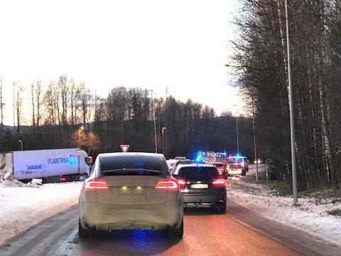 FORVENT KØ: En av trafikkulykkene skal ha skjedd like ved påkjøringsrampen til E6 ved Skedsmovollen.