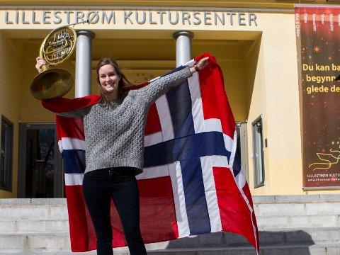 Cathrine Jacobsen i Lillestrøm Musikkorps lover en fantastisk konsert med nasjonalromantiske låter på 17. mai. Servert av landets beste korps!
