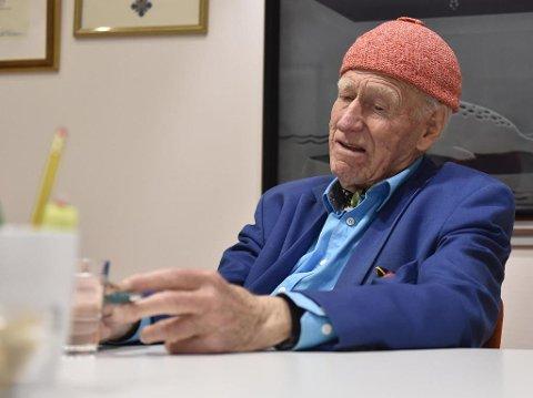 BYGD OPP FRA GRUNNEN: Olav Thon har gått fra å være en bondesønn i Hallingdal til en av Norges rikeste menn. (Foto: Tommy H.S. Brakstad)