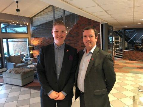 Eivind Kårbø, leder i Akershus FpU, og Arne-Rune Gjelsvik, leder av hoveduvalg for utdanning i Akershus fylke
