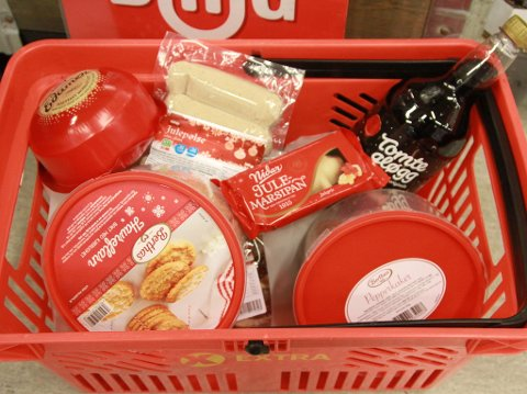 PRISFALL: Julematen blir billigere. Foto: Halvor Ripegutu