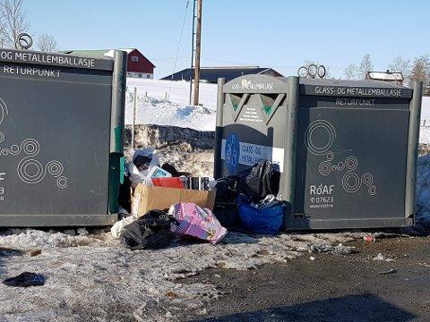PÅ FEIL STED: Til tross for advarsler fra Roaf, slutter ikke innbyggerne å forsøple. Slik så området ut for to dager siden.