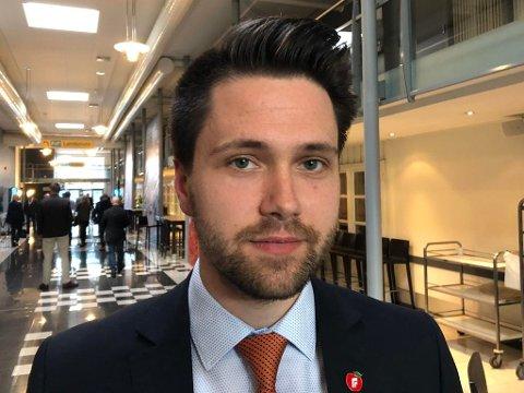 VIL FJERNE: FpU-leder Bjørn-Kristian Svendsrud håper han får Frps landsmøte med seg på å fjerne sukkeravgiften. Foto: Jørgen Berge (Nettavisen)