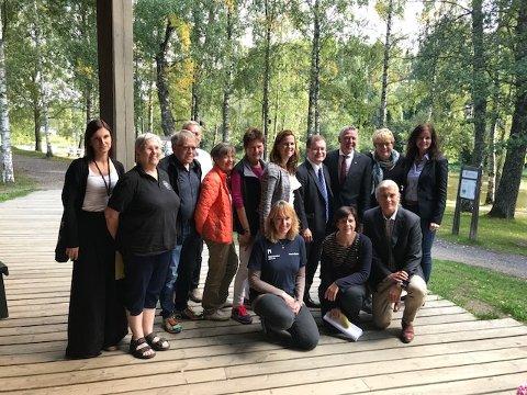 Representanter fra ministerens kontor, fylkeskommune, kommune og både ansatte og frivillige fra museene.