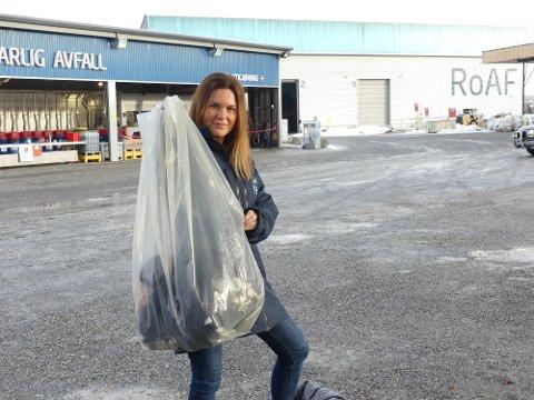 PÅBUD: Fra 1. mars må all søppel som leveres til ROAF komme i gjennomsiktige sekker.
