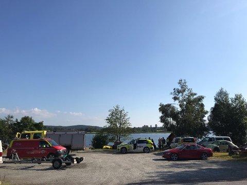 Letemannskapene er samlet ved Høland Gummiservice som ligger ved Haldenveien (fylkesvei 115) i Sjølyst.