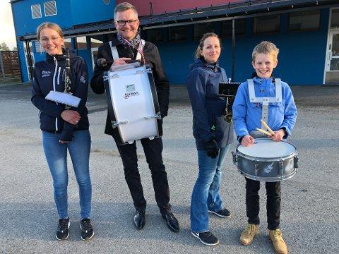 Kristin Laurindsdottir Eriksen, Stian Eriksen, Marianne Ligaard Eriksen og Heine Eriksen er klare for korpsdugnad på 17. mai og håper flere blir med.