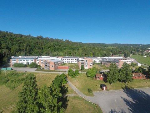 GOD PLASS: Feiring videregående skole vil fullt utbygget bruke 80 prosent av den tidligere Feiringklinikken.