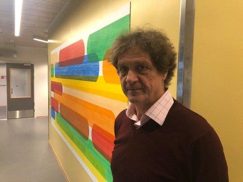 – VANSKELIG: Rektor Leif Arne Eggen sier det er utfordrende å skille mellom forkjølelse og mulige Covid-19-symptomer.