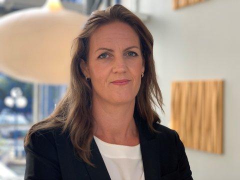 BEKYMRET: Fylkeslege Marianne Skjerven-Martinsen liker dårlig den ustabile smittesituasjonen i flere av kommunene på Romerike.