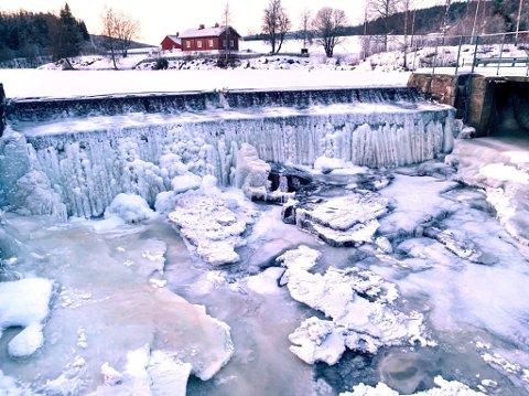 KALDT: Her i Hakadal ble kaldeste temperatur målt fredag morgen. (Foto: Torstein Davidsen)