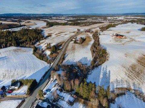 E16 skal videreføres fra Nybakk i Ullensaker og videre gjennom Nes og til Kongsvinger. De to neste ukene skal det avgjøres hvike korridorer som skal ut på høring.