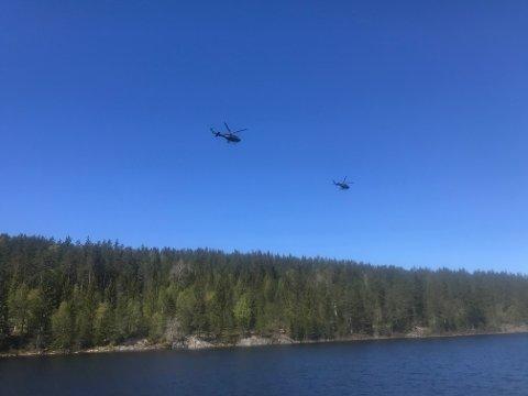 TRENER: Her trener Forsvaret med helikopter i Gansdalen.