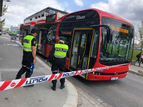 ALVORLIG ULYKKE: Den ni år gamle jenta ble påkjørt av en buss på Strømmen i mai i fjor. Nå er bussjåføren dømt til fengsel.