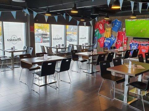 MÅTTE STENGE: Munter Sport & Gastro Bar måtte stenge dørene etter at en smittet person som var i isolasjon, besøkte puben.