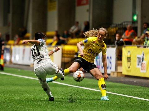BANENS BESTE: Camilla Linberg var den klart beste spilleren i LSK-hallen lørdag.