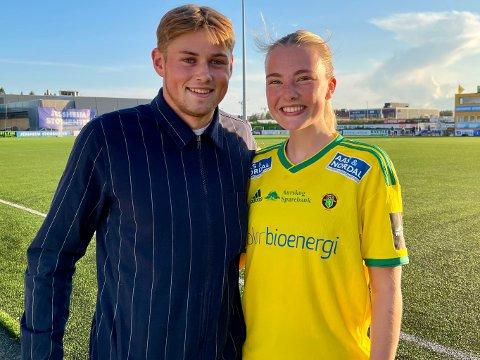 STØTTER HVERANDRE: Fotballparet Lars Ranger og Trine Skaar Danielsen forteller at de gir hverandre gode tips i hverdagen, men at de helst prater om andre ting.