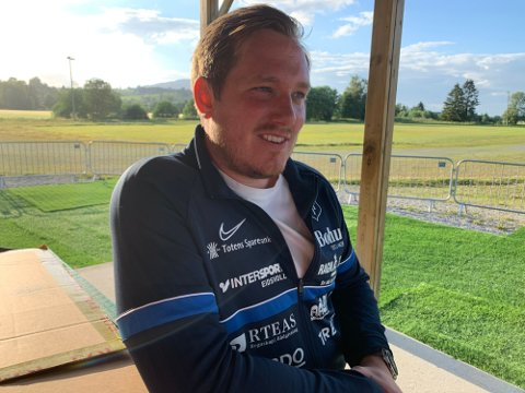 FORNØYD: Turn-trener Joakim Dragsten var meget fornøyd etter seieren mot Vålerengas rekrutter mandag kveld.