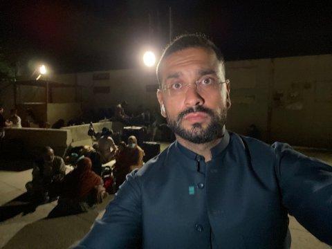 EVAKUERING: Yama Wolasmal fryktet det verste da meldingene om at Taliban var på vei mot ham. Med det norske passet løp han til flyplassen.