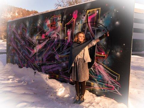 """MÅLBEVISST: Spikkestad-jenta Kaja Margrete Saksvik Thoresen lager orden i Drammens kaos som stjernejeger Sonja i """"Reisen til Julestjernen""""."""