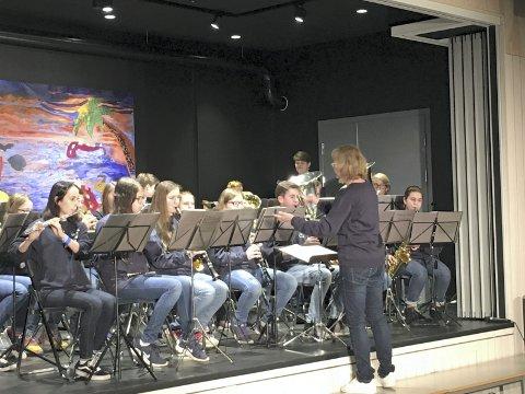 SØKER REKRUTTER: 8. juni er det rekruteringskonsert med Tofte og Filtvet skolekorps i gymsalen på Tofte skole.