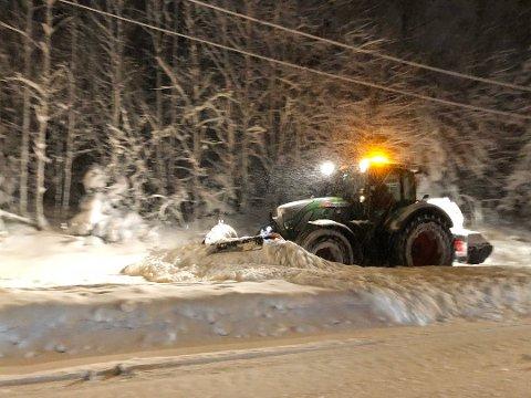 JA: Dersom du bor langs en offentlig vei og brøytemannskaper måker snø inn på din tomt, er det fint lite du kan gjøre med det.