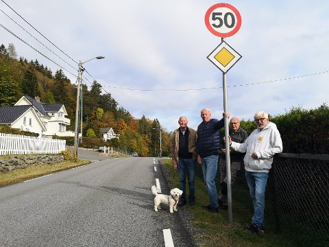 BRYR SEG IKKE: Rein Gabrielse,Lars Kjellerød, Arne Henriksen og Svein Berger.