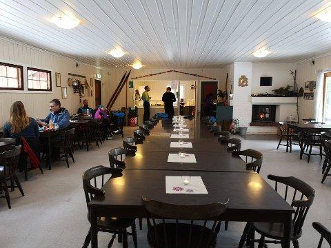 NY SESONG:  Planlagt åpning av ROS-hytta  for 21722-sesongen er 10.oktober. men det avhenger av at hytta har frivillige som stiller på dugnad.