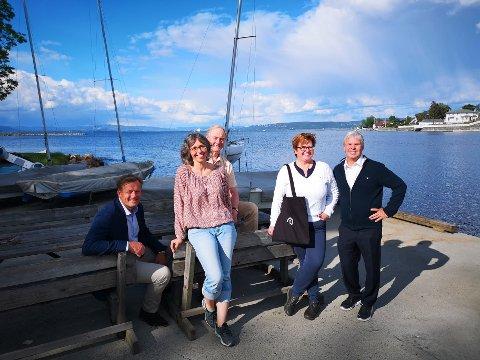 EN AV 26: Røyken seilforening fikk penger fra Sparebankstiftelsen DNB til innkjøp av ny brygge i 2019. I år får de 132 000 kroner til nye seiljoller.