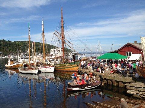 HØSTTRREFF: Den årlige kulturminnedagen på Nærsnes er et populært samlingstreff for store og små. I år går den ut på grunn av koronasituasjonen.
