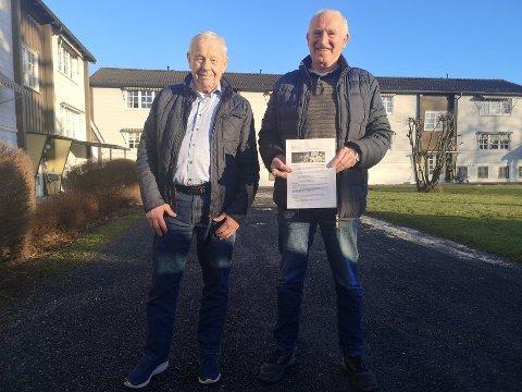 REAGERER: Martin Aasgaard og Kai Sivertsen i stiftelsen Heimen synes en tidobling av prisen for brannalarmberedskap er i drøyeste laget for stiftelsens leiligheter..