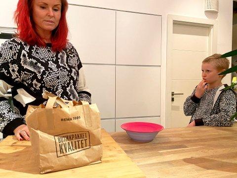 I to uker har plastfolie og plastposer blitt gjemt unna hos familien Kjemperud Herlong fra Asker. De har deltatt på en nasjonal konkurranse i å være mest mulig miljøbevisst.