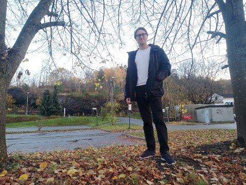 VENTER PÅ SVAR: Torbjørn Sørlie (24) er en av 413 som har søkt på fulltidsstilling som brannkonstabel i Drammen.